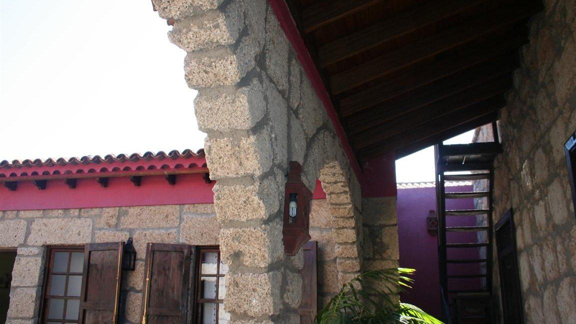 guesthouse granadilla las vegas (13)