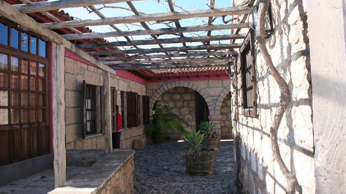 guesthouse granadilla las vegas (25)