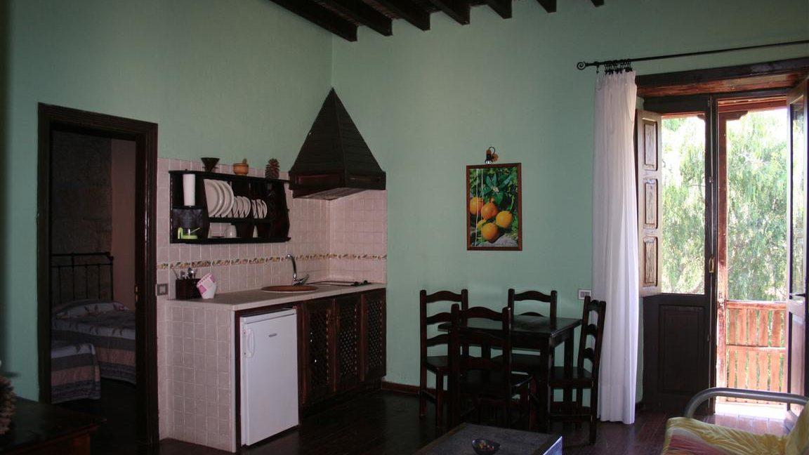 guesthouse granadilla las vegas (7)
