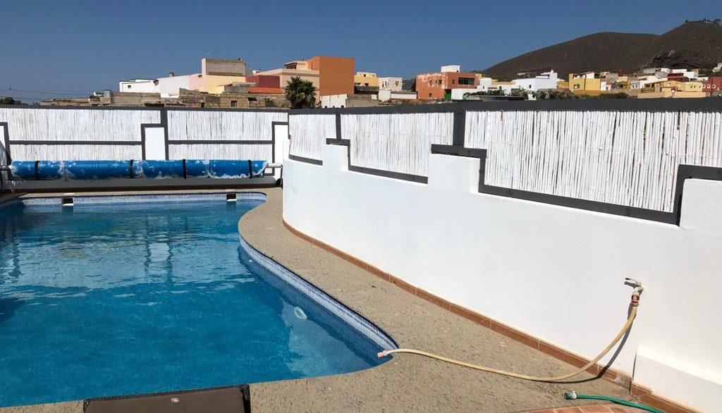 pool terrace (3)