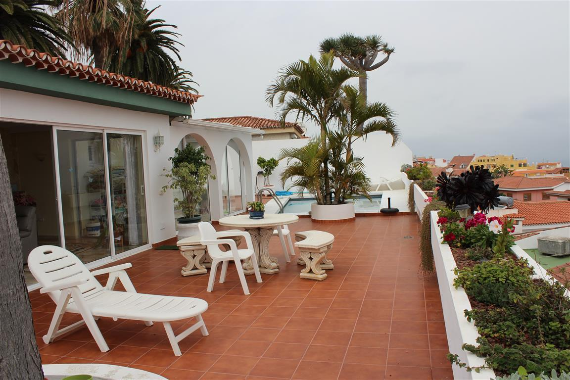 2 Bedroom Bungalow, El Toscal, Tenerife