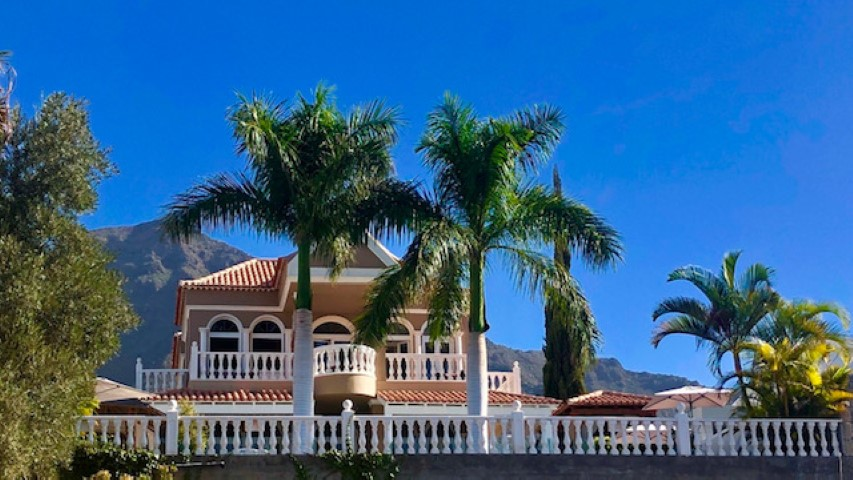 Luxury Villa For Sale Tenerife