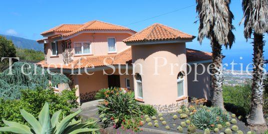 Villa for sale in La Orotava