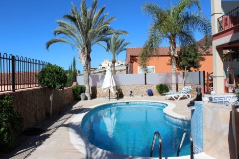 villa for sale los cristianos